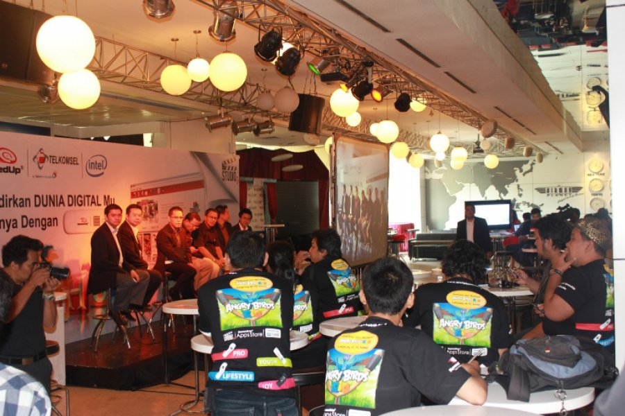 Telkomsel Speed Up Launching at Airman Planet